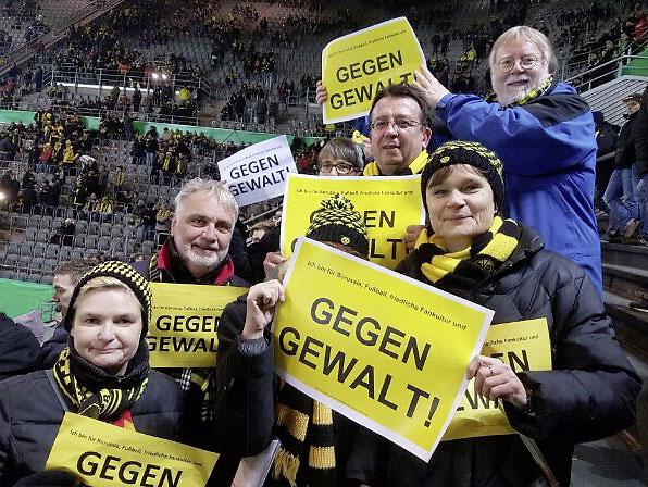 Gegen Gewalt - Statement der Mitglieder des BVB Fanclubs Ballzauber 09